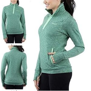 Avalanche green sweatshirt with thumbs Holes